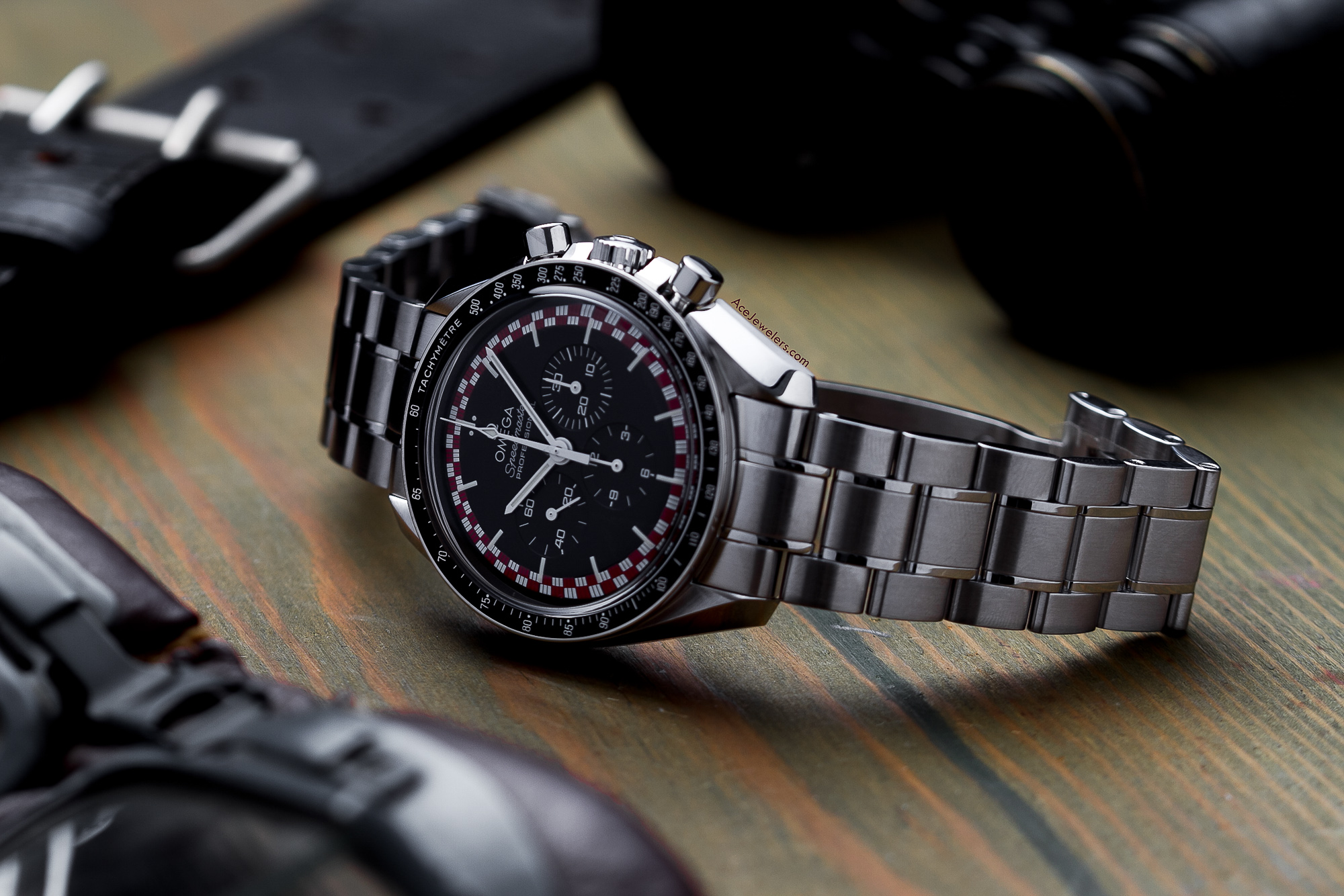 Omega Speedmaster Professional Racing 311.30.42.30.01.004